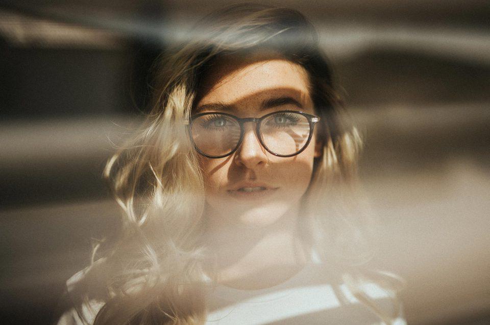 Scharfe Bilder: 6 einfache Tipps für perfekte Schärfe in Porträts