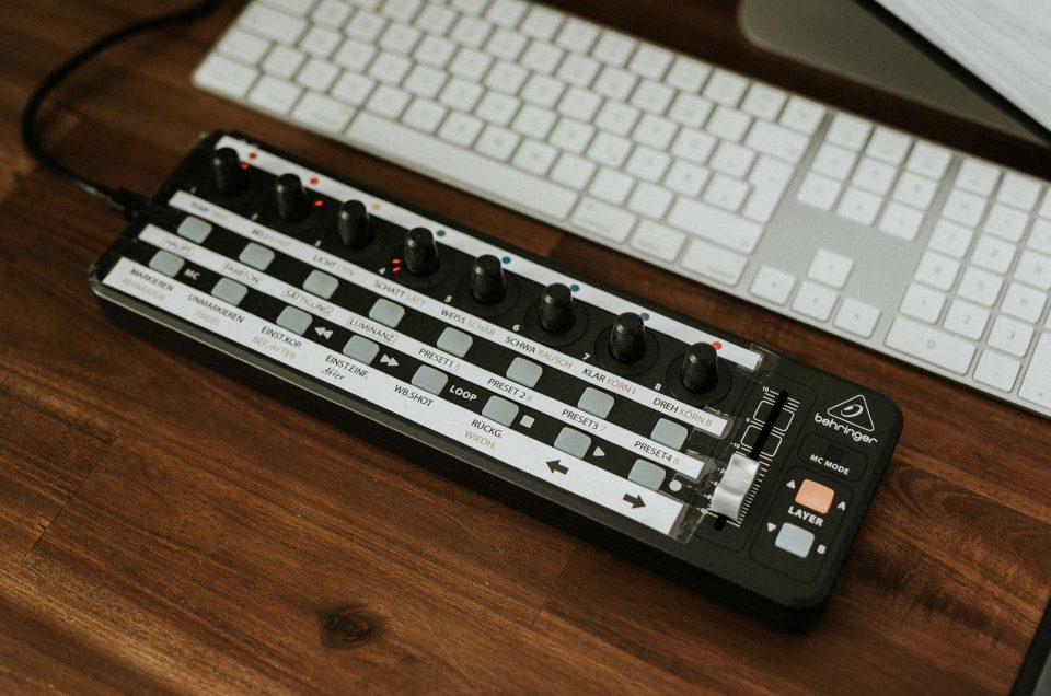 Lightroom Midi Controller: Turbo für deine Nachbearbeitung – Anleitung für Behringer inkl. Templates