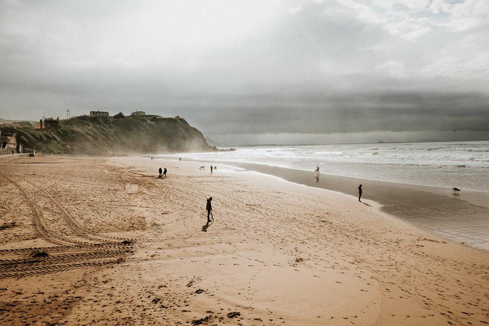 Auf der Bilbao Reise darf ein Ausflug zum Strand nicht fehlen