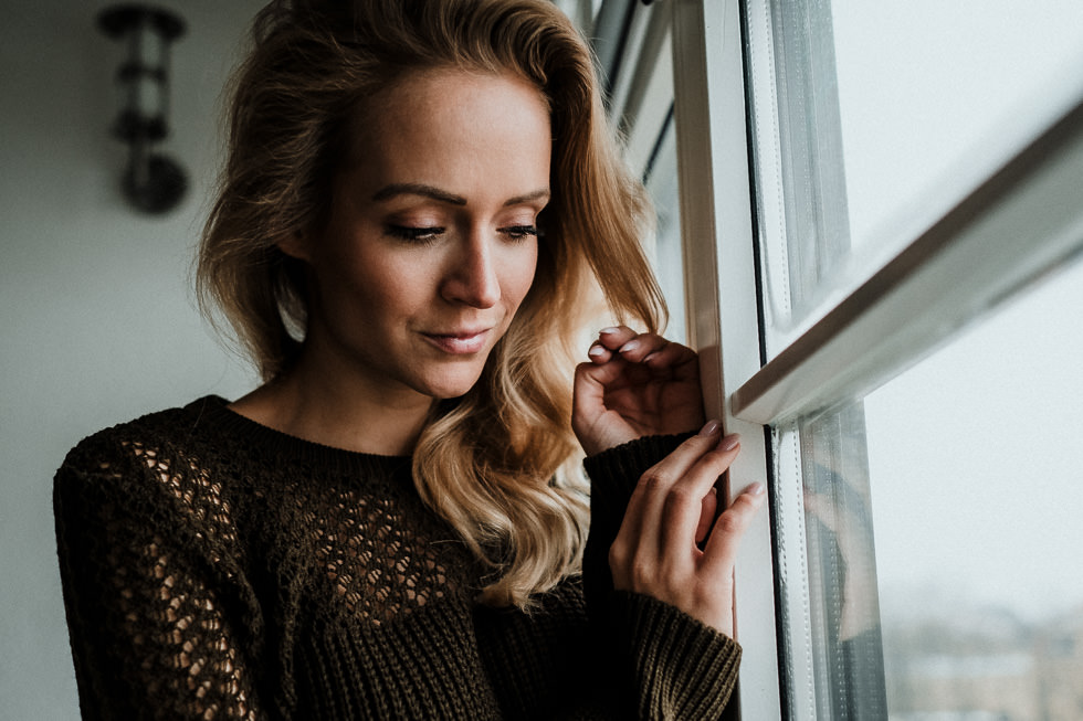Portraits Indoor Fotografieren mit Fenster Licht
