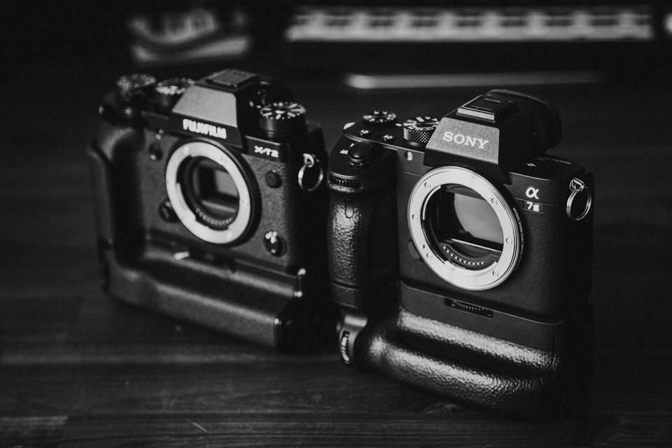 Fujifilm X-T2 vs Sony A7 III