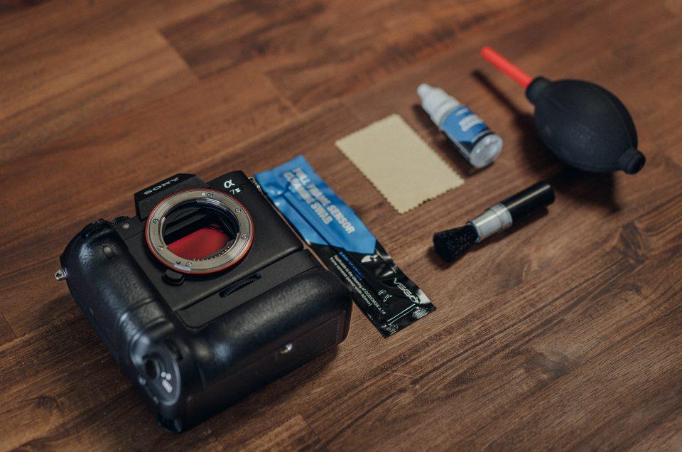 Sensor, Objektiv & Kamera reinigen: 7 Schritte DIY Reinigung mit Reinigungsset